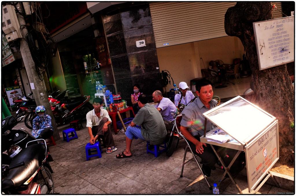 Street life, Hanoï, Vietnam.